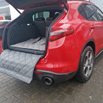 Hundetransport Kofferraum Alfa Romeo Hund