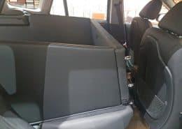 Hundetransport Kofferraum Hund BMW X1 umgelegt