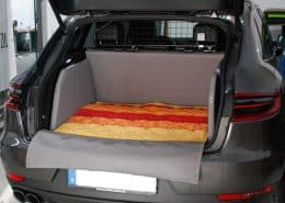 Kofferraum Hund Porsche Macan Kofferraumausbau