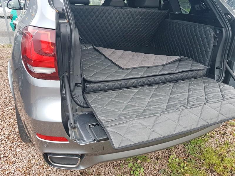 Hundetransport Kofferraum Schondecke Deluxe BMW X5 Hund