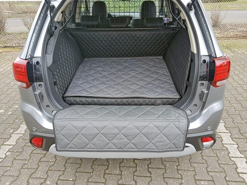 Hundetransport Kofferraum Schondecke Deluxe Mitsubishi Outlander Hund
